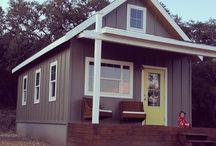 Tiny House / by Sanna Davis