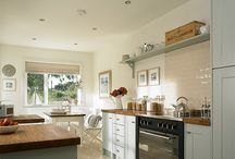 Rosebud renovations / Kitchens