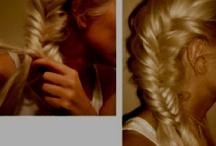 Favorite Hairstyles / by Paula Jankowski