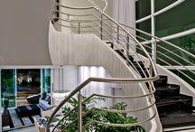 Escadas | Stairs / Veja muito mais fotos, dicas e informações técnicas de cada ESCADA no blog Decor Salteado! É só clicar nas imagens! ; - )
