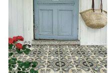 Walls / Tiles / Doors / Stairs / Windows / Floors