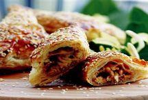 Nefis kokulu sıcacık börek / Sofralarınızda lezzet şöleni yaratabileceğiniz börekler bu koleksiyonda...
