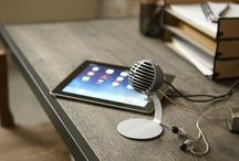 Shure MOTIV Mics / If you've been using your phone's built-in voice memo app to capture musical ideas -- it's time for an upgrade! Shure's first iOS microphones have arrived. The MOTIV series delivers Shure-quality microphones for mobile recording -- on the devices you already take everywhere you go.