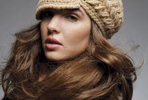 hačkované barety a čiapky