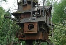 HAMLETO'S FAV TREE HOUSES