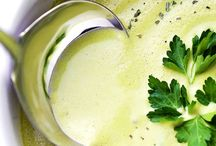Roasted garlic asparagus soup