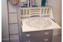 Painted Furniture Inspiration / Get creative with the furniture in your sewing room and have a go at creating some beautiful pieces of diy furniture to house your sewing equipment and/or projects!