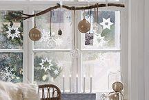 Christmas time - czas świąt / Święta Bożego Narodzenia to czas radości w gronie rodziny i przyjaciół. Udekoruj swój dom i okna na święta, czerpiąc inspiracje z tej galerii.