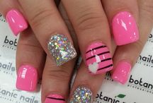 Nail designs / by Megan Ensor