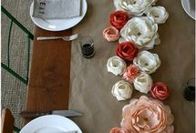 decorando la mesa del comedor