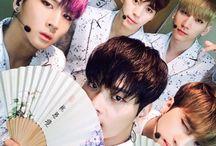 Vixx ❤ / VIXX (em coreano: 빅스; acrônimo para Voice, Visual, Value in Excelsis) é um boy group sul-coreano formado pela Jellyfish Entertainment. O grupo consiste em N, Leo, Ken, Ravi, Hongbin e Hyuk.
