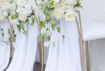 White, Ivory, Champagne Wedding Inspirations / Weiß, Creme, Champagner..diese Hochzeitsfarben laden zum Schönsten aller Feste! Egal ob schlicht oder opulent, diese Farben gehen einfach immer...