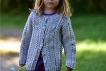 tytön neuletakki