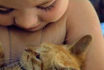 Crianças e bichinhos de estimação