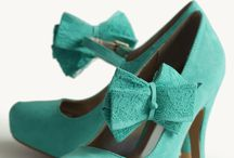 Shoes Shoes Shoes / by Kimberly Barbosa