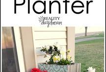 cinder block corner wall planter with stencils