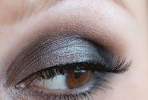 Make-ups! / by Amanda Voss