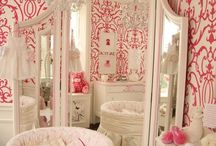 Kids Decor / Decorating nursery, rooms, and playrooms.  / by Lisa Ange