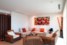 Novo Cancún / Para quienes buscan una propiedad con frente de playa en el desarrollo de Puerto Cancún, Novo Cancún es una excelente elección. Las asombrosas vistas y conveniente ubicación en la playa han ayudado a que Novo Cancún sea una de las residencias más populares y exclusivas en la ciudad.