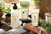 Gardeners / An intensive nourishing collection of hand care inspired by England's favourite pastime. Find the perfect gift for your favorite gardener in the Crabtree & Evelyn Gardeners Collection.