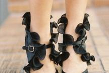 Schuhe... / by Ludmila Knoll