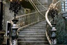 Des escaliers somptueux