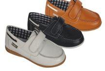 Calzados Bebes, NIños / Calzados Bebes, Niños  http://ropaymodainfantil.es/100066-calzado