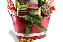 Custom Gift Designs / Custom designed gifts, tins, baskets, corporate, personal, branded, chocolate, popcorn, cookies, truffles, caramel corn, kettle corn,teas, coffees, artisan, gourmet, pasta, salsa, chutney
