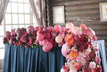 Шары и цветы в декоре