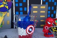 iziah super hero candy table