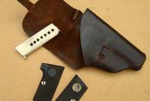 AGAT / Antique reloading tools, gun accessories, ephemera and stuff