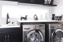 Laundry Rooms / Laundry day is my most dreaded day, but any of these gorgeous laundry rooms would make the chore much more manageable, maybe even fun!