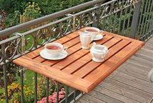 diner sur un balcon