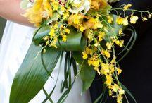 beautiful bouquets / by Karen Alderson