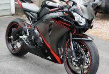 Honda CBR1000RR / Superbike