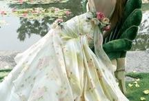 Bliss: The Dress / by Sarah Villalon