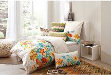 Wunderschöne Bettwäsche / Bettwäsche, die das Schlafzimmer im neuen Glanz erstrahlen lässt...