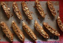 Biscotti & roba simile...yum / by Debbie Woodroof