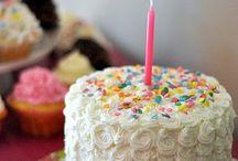 Cakes Cakes Cakes / by Stephanie Brame Mclaughlin