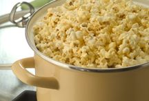 Healthy Snacking / Popcorn is a whole grain snack that is naturally low in fat and calories. There's no doubt popcorn is a perfectly sensible snack to fit into any meal/fitness plan.