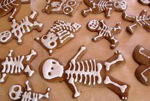 Halloween / by Elizabeth Hassselgren