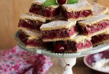 Meggyes sütemények