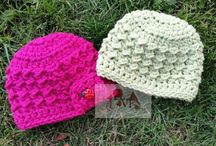 Crochet Hat Patterns / Making hats is a great craft project for a beginner and an awesome stashbuster too! Find fabulous patterns to make your own women's, baby, kids and unisex hats and download them from LoveCrochet!