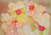 Cupcakes / by Jodi Hawn Geers