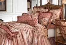 romantic beddings and Bedrooms / beautiful romantic bedrooms that I would love to own / by Cindy Johnston