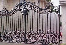 Grill Manufacturer in Delhi / We manufacture variety of main door grills like simple wrought iron grill, brass main door grill and latest abstract design laser cut main door grill.