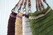 かぎ針編みのバッグ