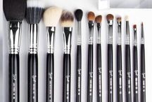 Makeup - Brushes
