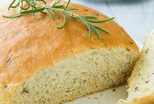 Bread / by Mariya Yordanova