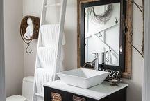 Towel holder / Ladder